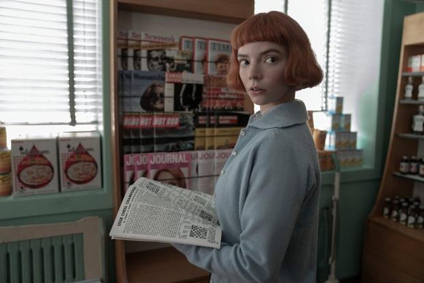 Gambit Hậu: Phim về cờ vua mà đẹp ngang ngửa Emily Ở Paris, mỹ nhân X-Men hóa thần đồng hư hỏng đỉnh thấy mê - Ảnh 3.