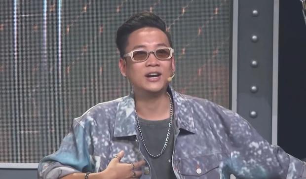Rap Việt hóa thành lớp học sau phần thi của trai đẹp Tage, chú lao công Rhymastic tiếp tục tấu hài - Ảnh 7.