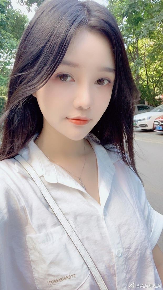 Top những nữ streamer PUBG Mobile xứ Trung xinh đẹp ngất ngây, cộng đồng chỉ vào ngắm gái chứ chẳng ai xem game! - Ảnh 6.
