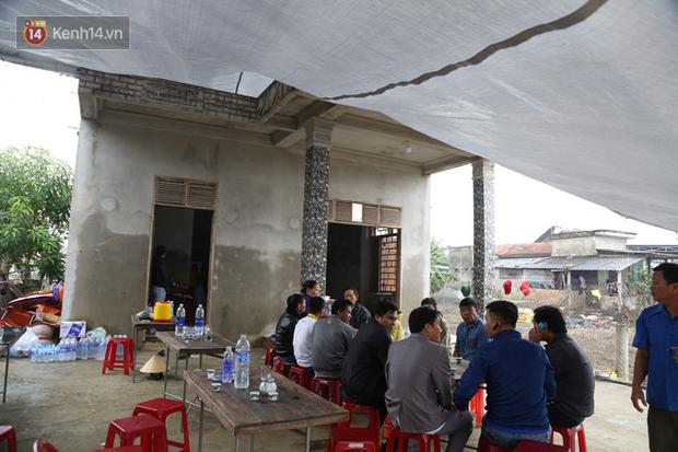 Nỗi đau tột cùng của đôi vợ chồng mất đi 2 người con trai do lũ cuốn ở Quảng Bình - Ảnh 7.