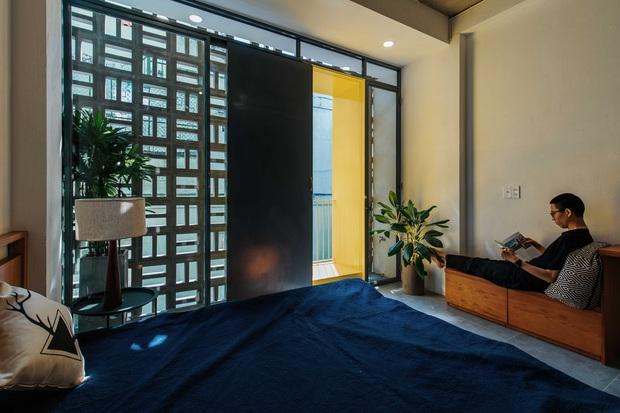 Ngôi nhà trong hẻm rộng 60m2, thiết kế De Stijl cực ấn tượng, giá cả mới gây bất ngờ nhất - Ảnh 5.