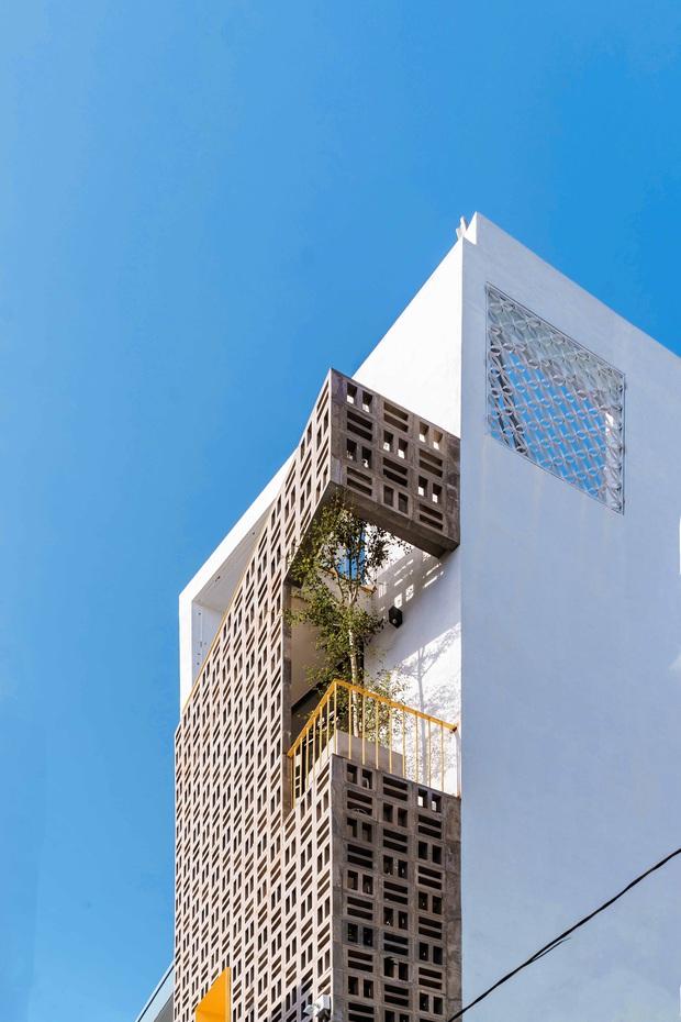 Ngôi nhà trong hẻm rộng 60m2, thiết kế De Stijl cực ấn tượng, giá cả mới gây bất ngờ nhất - Ảnh 3.