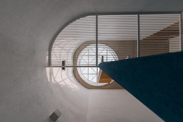 Ngôi nhà trong hẻm rộng 60m2, thiết kế De Stijl cực ấn tượng, giá cả mới gây bất ngờ nhất - Ảnh 7.