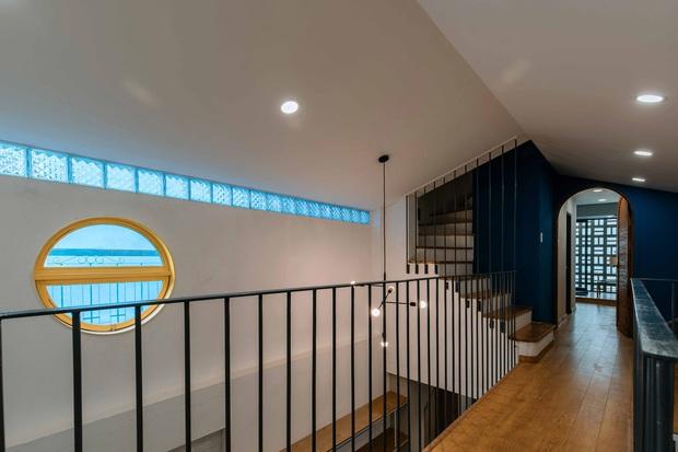 Ngôi nhà trong hẻm rộng 60m2, thiết kế De Stijl cực ấn tượng, giá cả mới gây bất ngờ nhất - Ảnh 9.