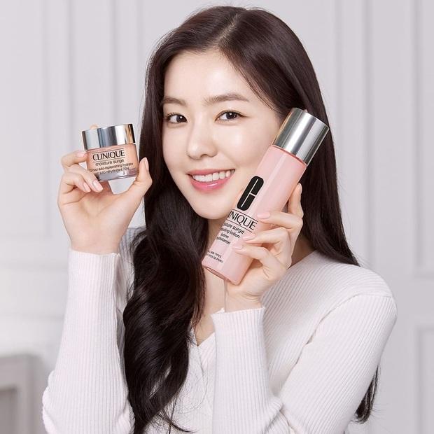 Irene bị gỡ ảnh quảng cáo mỹ phẩm sau khi dính phốt thái độ tồi: Ngày tàn của chị cả Red Velvet đã tới? - Ảnh 1.