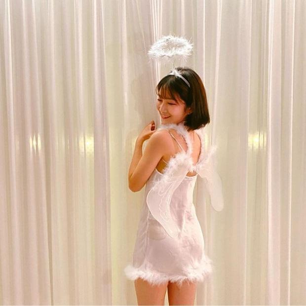 Knet sốc nặng vì bộ 3 Kpop Star lột xác sexy nghẹt thở đi chơi Halloween, Lee Hi - Park Ji Min bị nghi dao kéo vì như người khác - Ảnh 6.