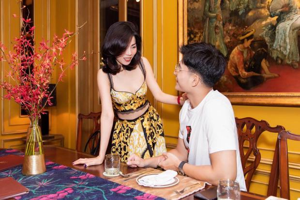 Sau màn lơ đẹp chồng ở sự kiện, Lệ Quyên bị bắt gặp đi ăn tối với tình tin đồn, còn được chàng đến tận nơi đón - Ảnh 4.