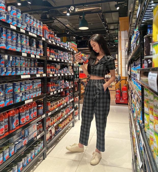 Instagram look sao Việt tuần qua: Ngọc Trinh lên đồ đặc sệt style BLACKPINK, Tóc Tiên đơn giản mà chất lừ - Ảnh 11.