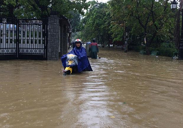 Bão số 9 năm nay được dự báo mạnh tương đương bão Damrey trong lịch sử, vậy bão Damrey từng có sức tàn phá kinh hoàng thế nào? - Ảnh 8.