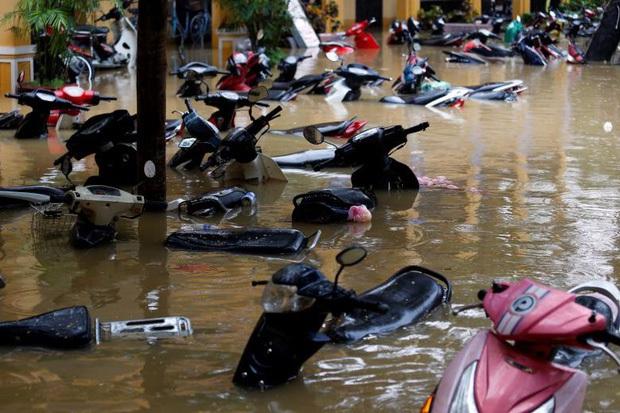 Bão số 9 năm nay được dự báo mạnh tương đương bão Damrey trong lịch sử, vậy bão Damrey từng có sức tàn phá kinh hoàng thế nào? - Ảnh 13.