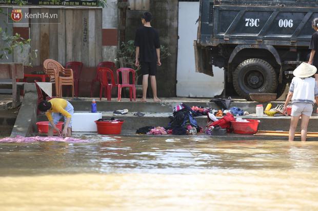Bác sĩ Bệnh viện Việt Đức gửi gắm thông tin sức khỏe đến bà con miền Trung, nhấn mạnh các loại bệnh dễ mắc và cách cộng đồng chung tay giúp đỡ hiệu quả - Ảnh 3.