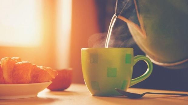 Thức dậy sớm và uống 2 loại nước này khi bụng đói chị em sẽ cải thiện được sức khỏe và nhan sắc ngay lập tức nhưng cũng cần nắm rõ lưu ý quan trọng - Ảnh 3.