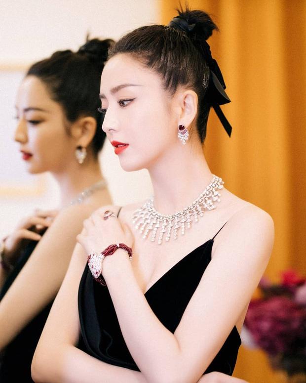 Sao nữ trên thảm đỏ tuần qua: Váy đen dễ mặc là thế nhưng Tống Thiến vẫn bị réo tên - Ảnh 5.