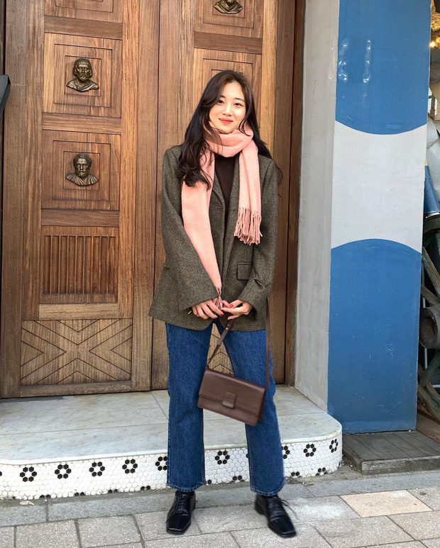 Chị em 30+ đừng diện quần rách toang như Lâm Tâm Như, chưa thấy sành điệu đâu mà chỉ thấy lôi thôi - Ảnh 10.