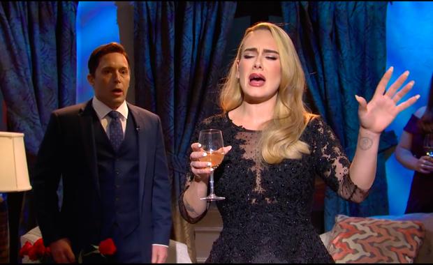 Adele phiên bản giảm 45kg bất ngờ xuất hiện trên sóng truyền hình qua 4 bản hit một thời! - Ảnh 2.