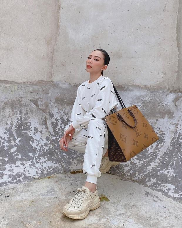 Instagram look sao Việt tuần qua: Ngọc Trinh lên đồ đặc sệt style BLACKPINK, Tóc Tiên đơn giản mà chất lừ - Ảnh 3.