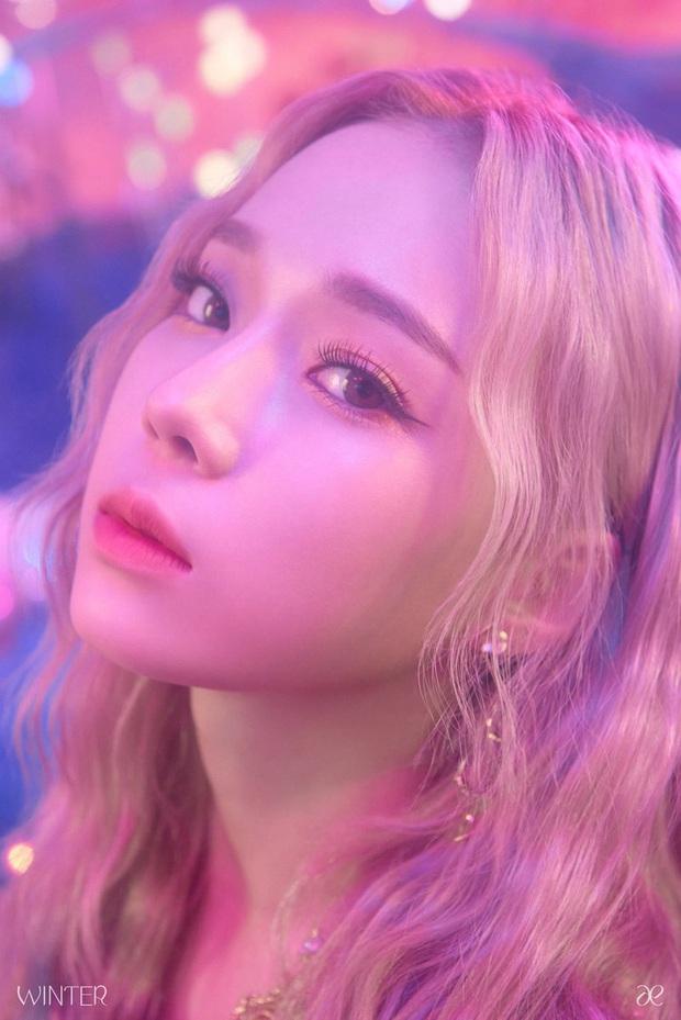 SM tung ảnh thành viên đầu tiên của nhóm nữ mới: Có nét giống Taeyeon (SNSD), nhìn tên mà tưởng theo concept… xuân hạ thu đông? - Ảnh 1.
