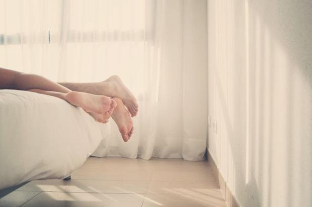 Tình trạng nhiều cặp đôi gặp phải sau khi lâm trận, lời cảnh báo cho những vấn đề sức khỏe về sau - Ảnh 1.