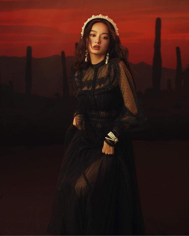 Kaity Nguyễn tung bộ ảnh Halloween chuẩn style Tiệc Trăng Máu, dân tình dán mắt vào vòng 1 khủng nóng hừng hực của cô nàng - Ảnh 6.