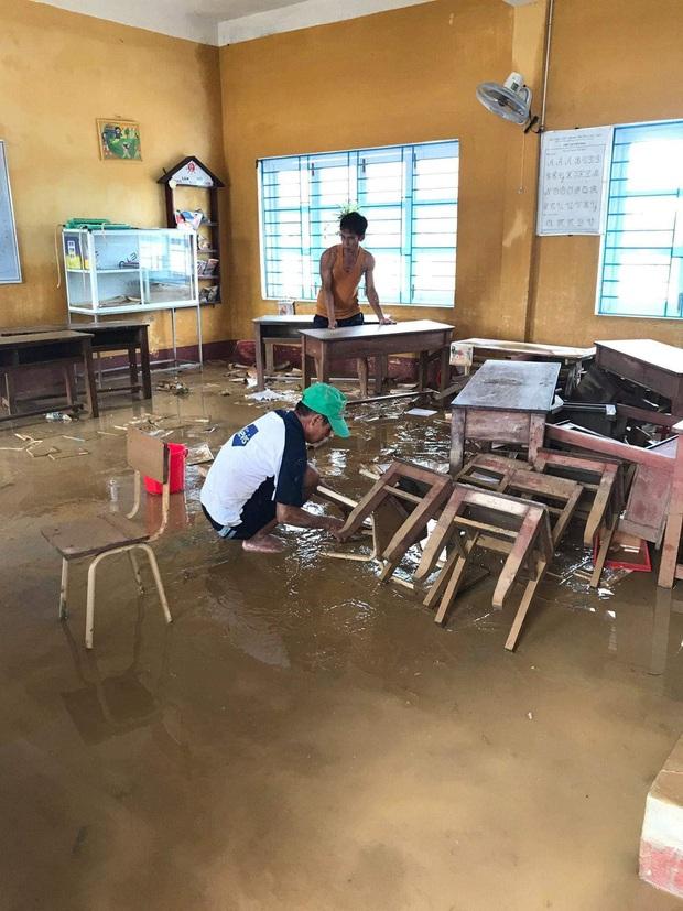 Đăng Khôi hỗ trợ tiền, xây dựng hệ thống nước sạch cho 4 điểm trường chịu ảnh hưởng nặng nề bởi bão lũ ở Huế - Ảnh 3.