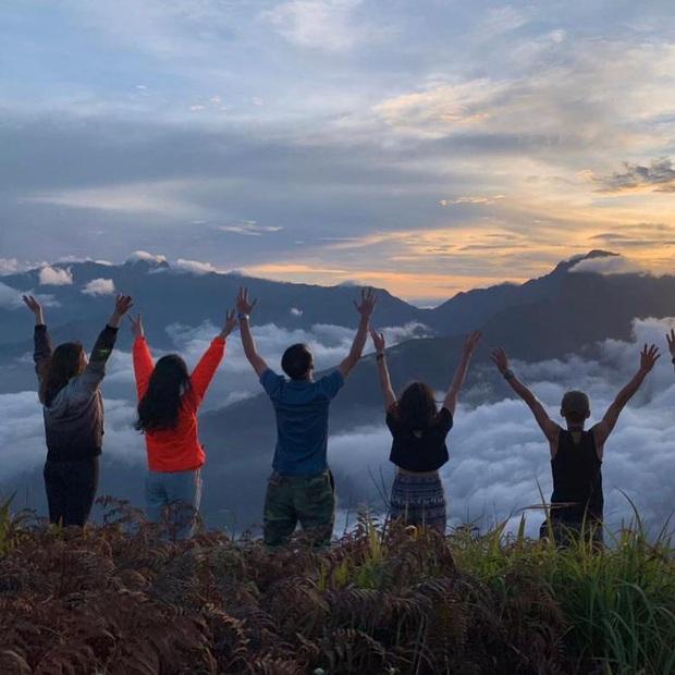 """Dân mạng truy lùng địa điểm săn mây đẹp bậc nhất Việt Nam: Xem ảnh mà ngỡ """"tiên cảnh"""" giữa đời thực, không phải ai cũng được check-in - Ảnh 8."""