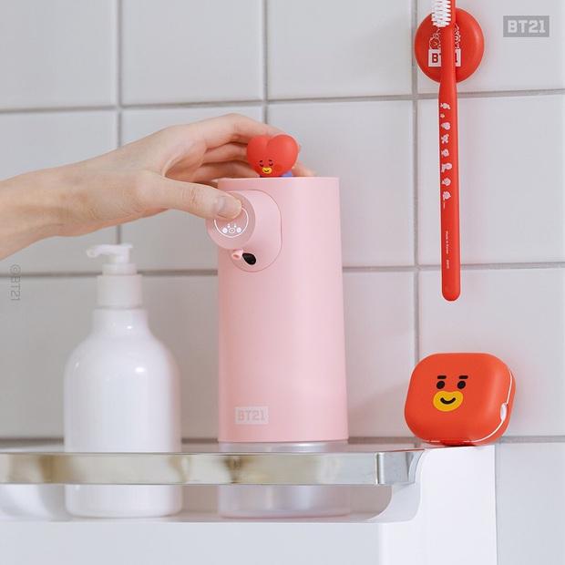 Máy tạo bọt rửa tay siêu xinh, còn có cảm ứng siêu xịn nhìn là muốn múc - Ảnh 2.