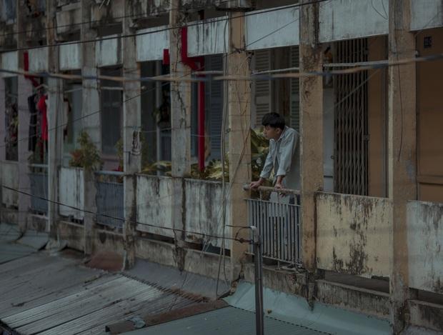 Án mạng, chung cư xuống cấp, gái mát-xa: Nét Sài Gòn thô mà thật ở phim Trái Tim Quái Vật? - Ảnh 2.