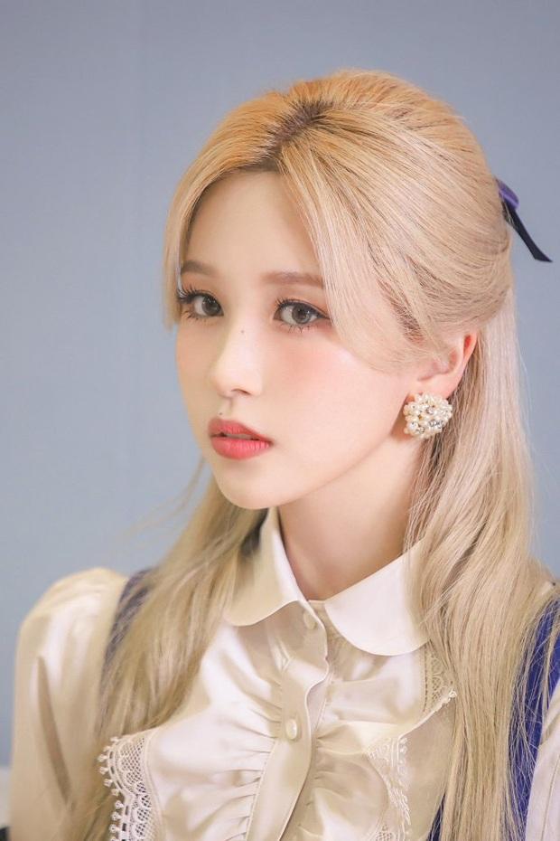 Mina (TWICE) bị thương đến mức chảy máu đầm đìa vì vũ đạo comeback, fan rùng mình nhớ tới chấn thương kinh hoàng năm 2019 - Ảnh 3.