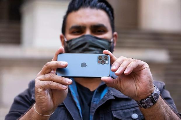 Điều gì khiến iPhone 12 Pro là smartphone đáng mua nhất? - Ảnh 4.