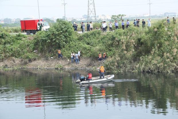 Vụ nữ sinh Học viện Ngân hàng mất tích: Thi thể được tìm thấy dưới lòng sông Nhuệ, bắt giữ nghi phạm nghiện ma túy - Ảnh 1.