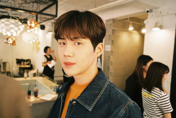 Chàng tình đầu hút fan của Suzy ở Start Up: Ám ảnh tâm lý vì chứng kiến mẹ bị đâm, từng hẹn hò với trai đẹp EXO? - Ảnh 3.