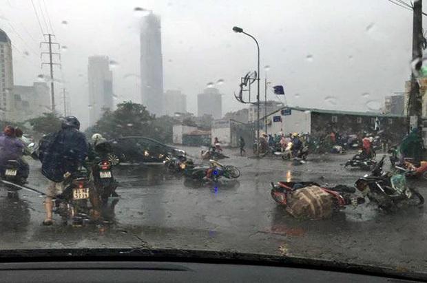 Nhìn lại những cơn bão với sức tàn phá kinh hoàng, được so sánh mạnh tương đương bão số 9 năm nay tại Việt Nam - Ảnh 20.