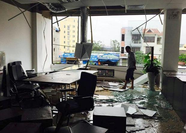 Nhìn lại những cơn bão với sức tàn phá kinh hoàng, được so sánh mạnh tương đương bão số 9 năm nay tại Việt Nam - Ảnh 25.