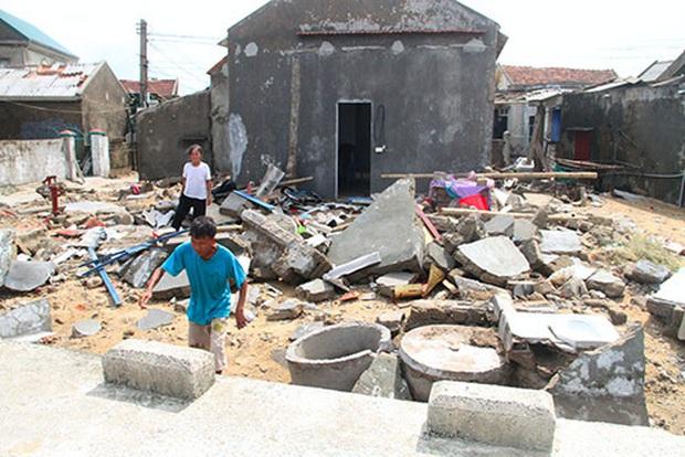 Nhìn lại những cơn bão với sức tàn phá kinh hoàng, được so sánh mạnh tương đương bão số 9 năm nay tại Việt Nam - Ảnh 26.