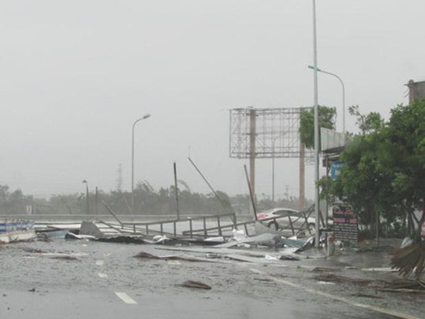 Nhìn lại những cơn bão với sức tàn phá kinh hoàng, được so sánh mạnh tương đương bão số 9 năm nay tại Việt Nam - Ảnh 27.