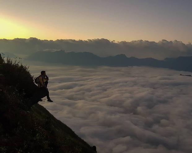 """Dân mạng truy lùng địa điểm săn mây đẹp bậc nhất Việt Nam: Xem ảnh mà ngỡ """"tiên cảnh"""" giữa đời thực, không phải ai cũng được check-in - Ảnh 23."""
