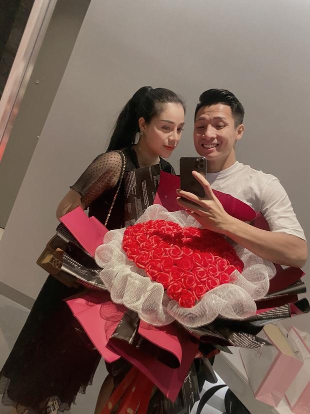 Scandal single mom lắng xuống, Khánh Linh để lại trạng thái đã đính hôn với Bùi Tiến Dũng, lời nhắn nhủ của mẹ ruột gây chú ý - Ảnh 4.