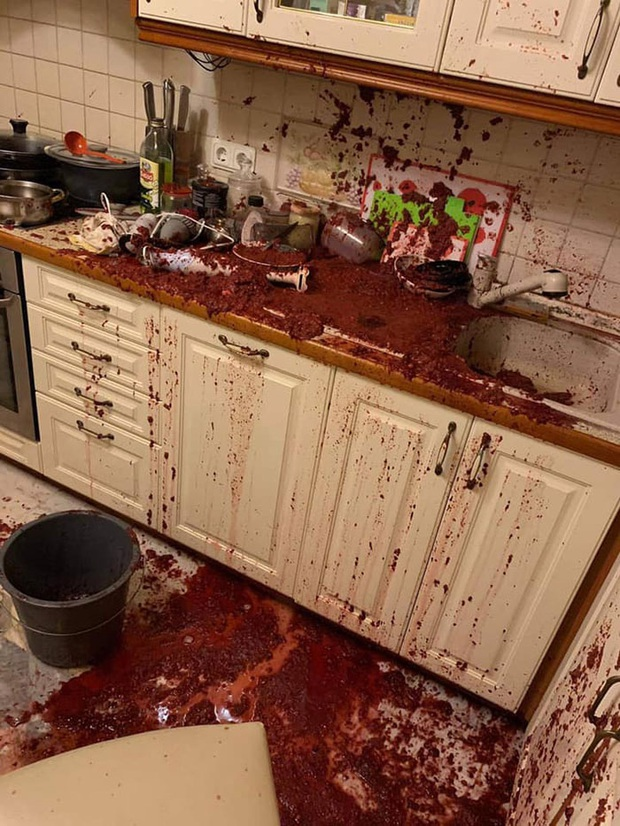 """Nấu ăn dở tệ nhưng cứ thích thể hiện, hội """"có thù với chuyện bếp núc"""" tạo ra loạt thảm hoạ nhìn thôi đã thấy đáng sợ! - Ảnh 13."""