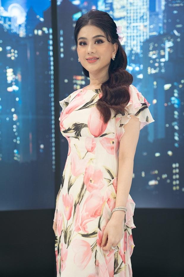 Sau ồn ào với Hương Giang, Lâm Khánh Chi tự giới thiệu tên trước khi chuyển giới trên sóng truyền hình - Ảnh 4.