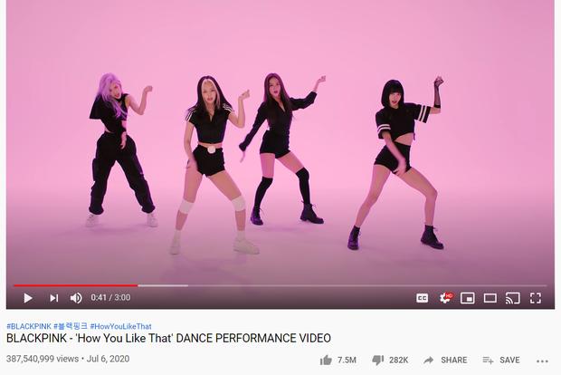 BLACKPINK có video tập nhảy siêu ngang ngược: View 24 giờ cao hơn MV mới của TWICE, lượt xem hàng ngày cho Ice Cream ngửi khói - Ảnh 2.