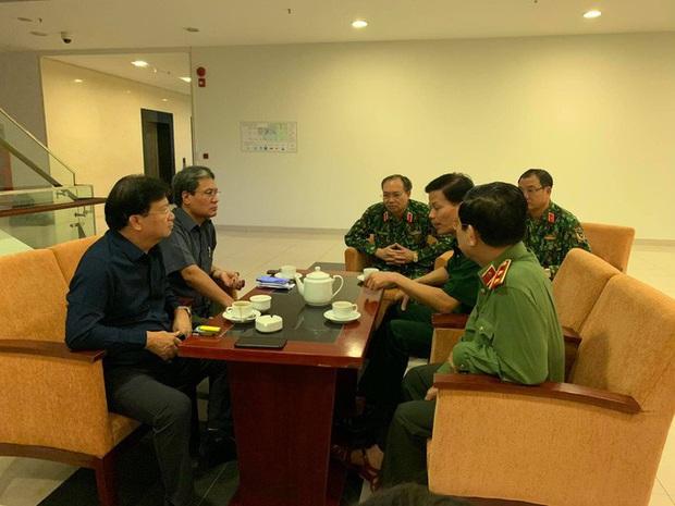 Phó Thủ tướng Trịnh Đình Dũng: Bà con yên tâm tránh bão, công an có trách nhiệm bảo vệ tài sản cho dân - Ảnh 3.