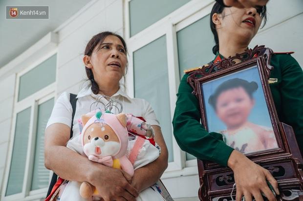 Bà ngoại cháu bé 3 tuổi bị mẹ đẻ và cha dượng bạo hành đến chết: Tôi đau đớn mỗi ngày, nó giết được con nó, nhưng tôi không làm được điều ấy... - Ảnh 4.