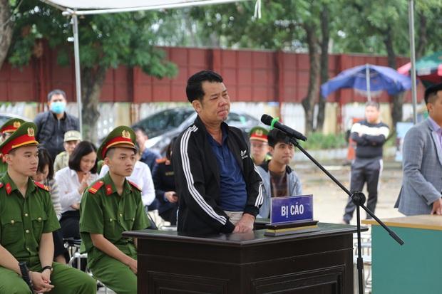 """Tuyên án 18 tháng tù đối với giám đốc rút súng dọa """"bắn vỡ sọ"""" người đi đường ở Bắc Ninh - Ảnh 4."""