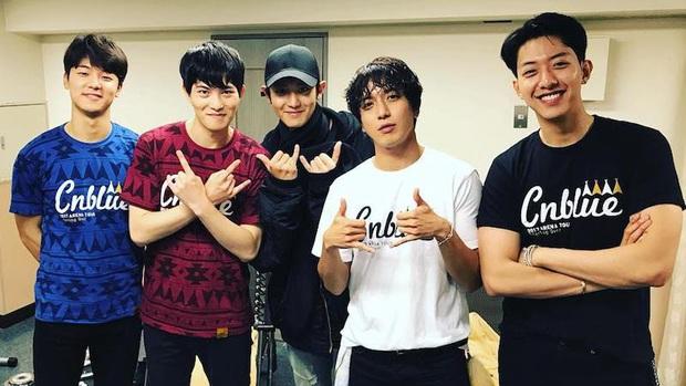 Sau phốt ngủ lang, Chanyeol (EXO) bị Knet đào lại vụ thân với kẻ cầm đầu chatroom tình dục Jung Joon Young và Jonghyun (CNBLUE) - Ảnh 5.