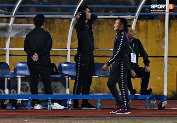 Chủ tịch 9x của Hà Nội FC ăn mừng hụt, hồi hộp đến mức không dám xem khi Hà Nội FC gặp khó - Ảnh 4.