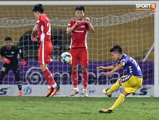 Chủ tịch 9x của Hà Nội FC ăn mừng hụt, hồi hộp đến mức không dám xem khi Hà Nội FC gặp khó - Ảnh 5.