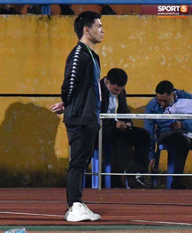 Chủ tịch 9x của Hà Nội FC ăn mừng hụt, hồi hộp đến mức không dám xem khi Hà Nội FC gặp khó - Ảnh 9.