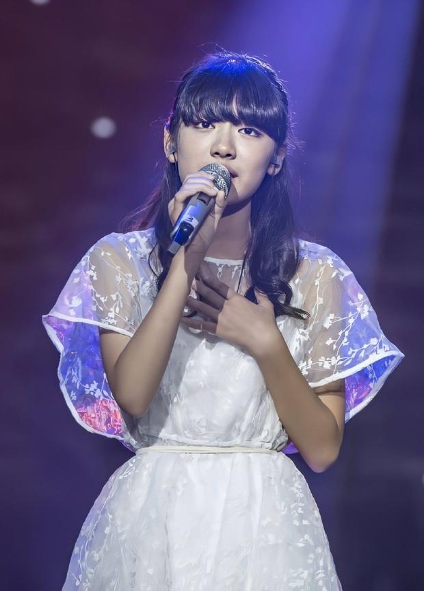 Mỹ nhân Trung Quốc mới của nhà SM: Style thời chưa son phấn khác một trời một vực, đúng là dậy thì thành công - Ảnh 10.