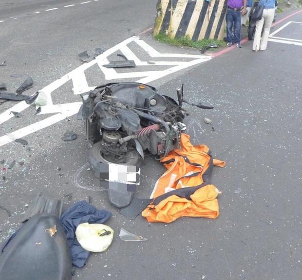 Nữ diễn viên Đài Loan bị xe ô tô đâm tử vong, hình ảnh CCTV ghi lại khoảnh khắc người và xe tan nát khiến ai cũng bàng hoàng - Ảnh 3.