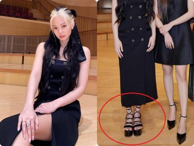 Cùng diện đầm Chanel: Gia Quý phi của Như Ý Truyện sang quá đỗi, Jennie bất ngờ lép vế chỉ vì đôi sandals tòe cả ngón chân - Ảnh 9.